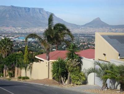 Plattekloof 's Keurboom Crescent: geogeous views over Cape Town