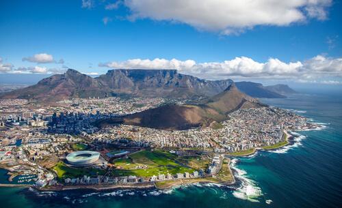 Cape Town aerial by Marjoli Pentz /Shutterstock.com
