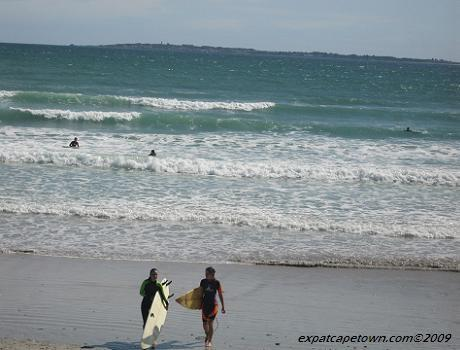 Surfing in Cape Town Big Bay