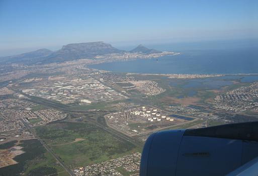 Flying into Cape Town