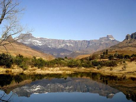 Drakensberge by SouthAfrica.net