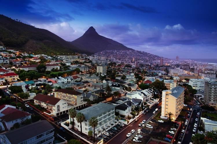 Cape Town image by Pipop Boosarakumwadi