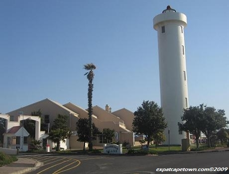 Milnerton Cape Town: Lighthouse on Woodbridge Island